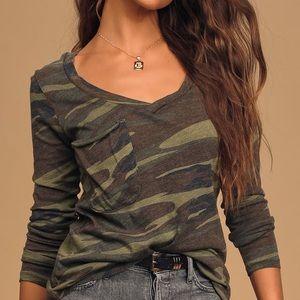 Green Camo Print Long Sleeve Top, XS